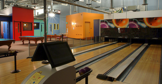 colarelli-construction-builds-bowling-mr-biggs-family-fun-center