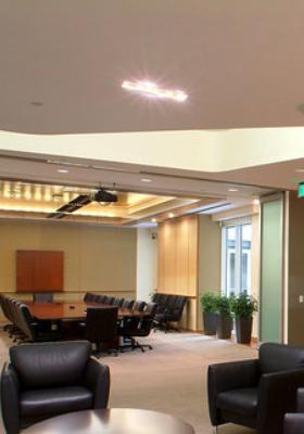 colarelli-construction-built-colorado-capital-bank-colorado-springs-client-waiting-area