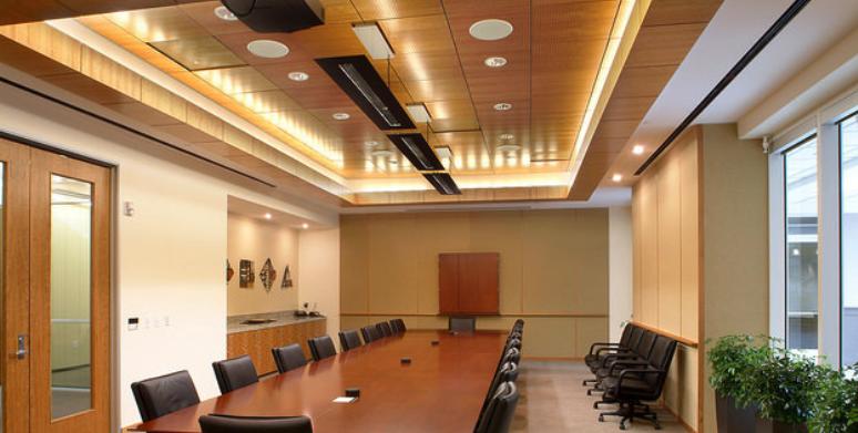colarelli-construction-built-colorado-capital-bank-colorado-springs-conference-room